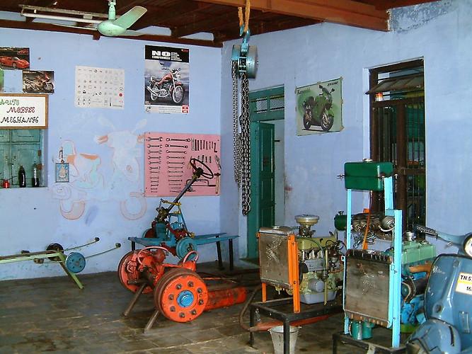 motor mechanic 4.jpg