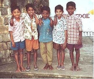 Boys at TDG 2001.JPG