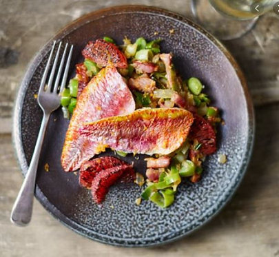 Baked red mullet with bacon, leeks & grapefruit