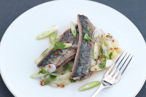 Seared mackerel with chilli, cucumber, spring onion and coriander