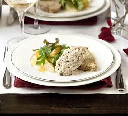 James Martin's crab & citrus salad with Chardonnay dressing