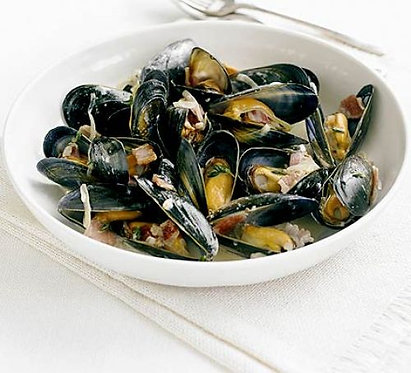 Mussels steamed with cider & bacon