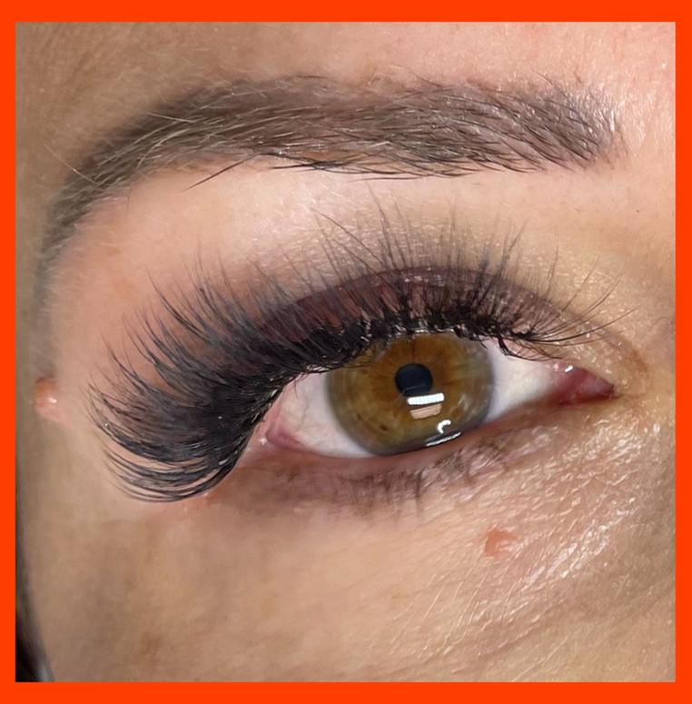 Volume Fullset Eyelash Extensions