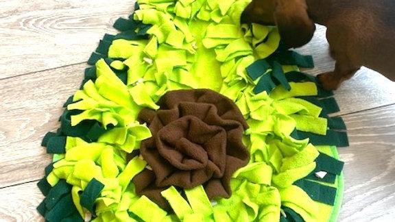 Sausage Dog Box Large Avocado Snuffle Mat
