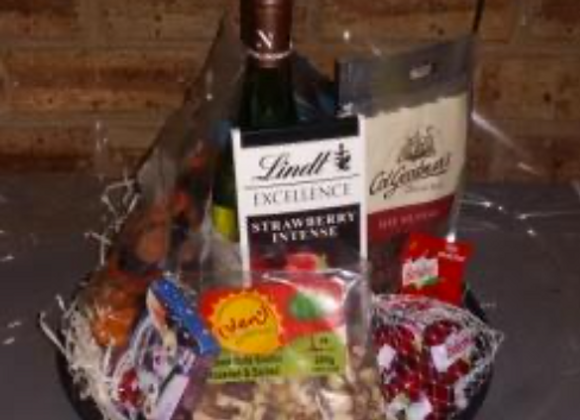 DELUXE WINE, CHOC. SNACKS & CHEESE HAMPER