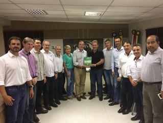 Primeira reunião de diretoria da ACIT em 2017 recebe prefeito Joares Ponticelli