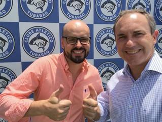 Atlético Tubarão recebe visita do presidente da ACIT