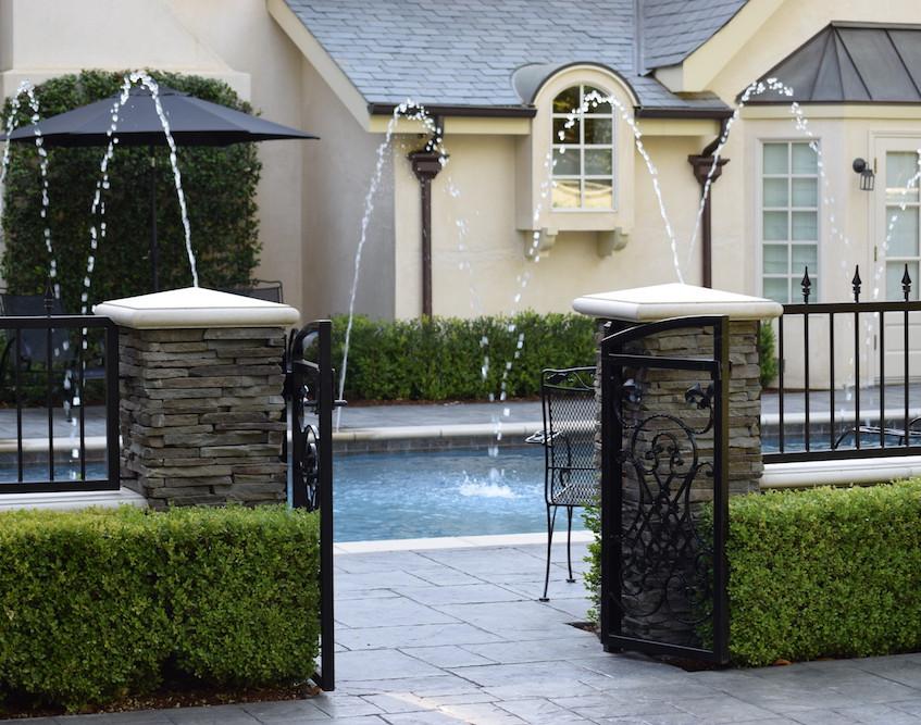 pool builders Bakersfield