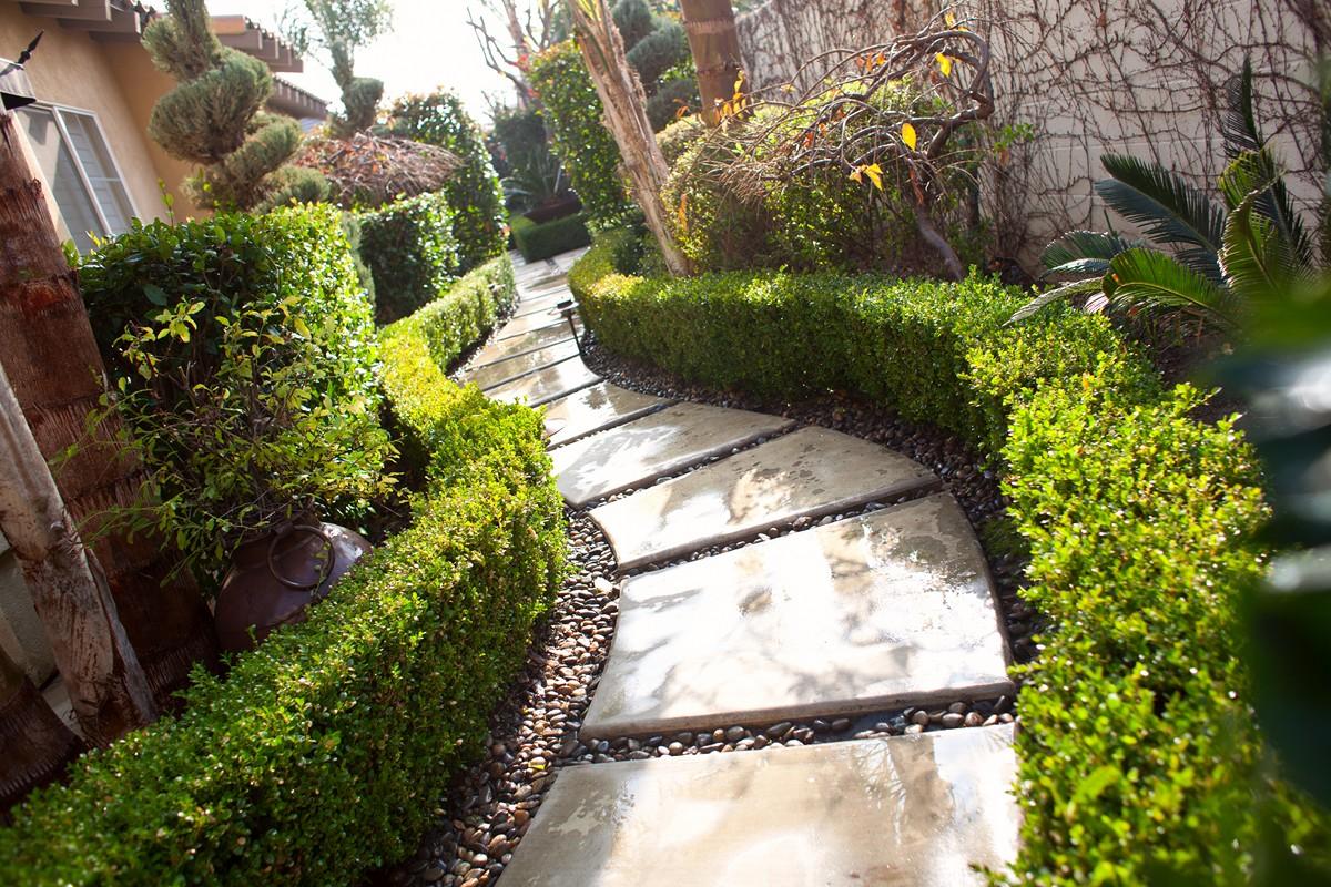 landscaping companies Bakersfield