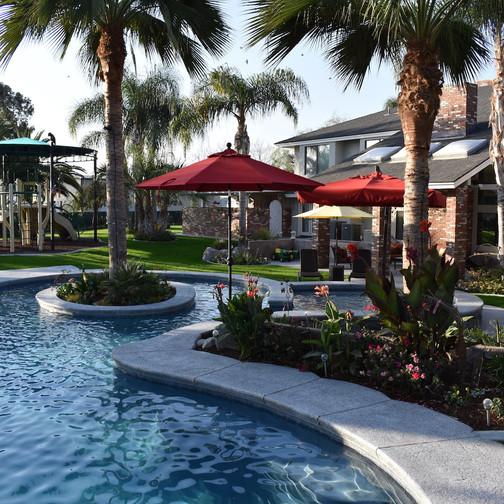 Bakersfield swimming pools