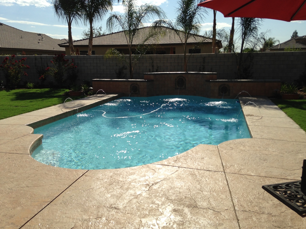 pool contractors Bakersfield
