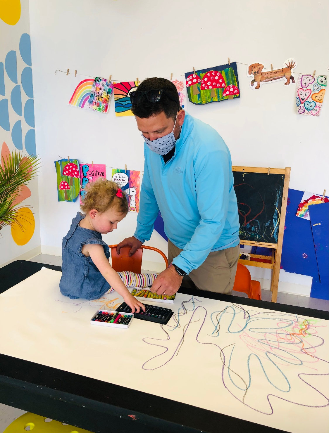 Family Pop-Up: Large Family Murals