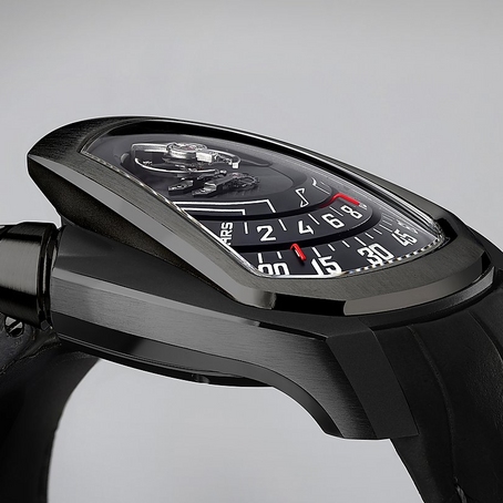 Phenomen: Axiom, Shooting Black Amphitheatre precision engineering, paired with dignified refinement