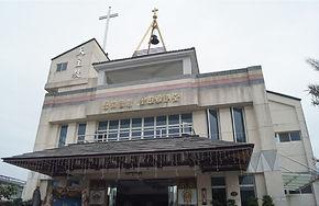吾拉魯茲聖維雅納堂.jpg