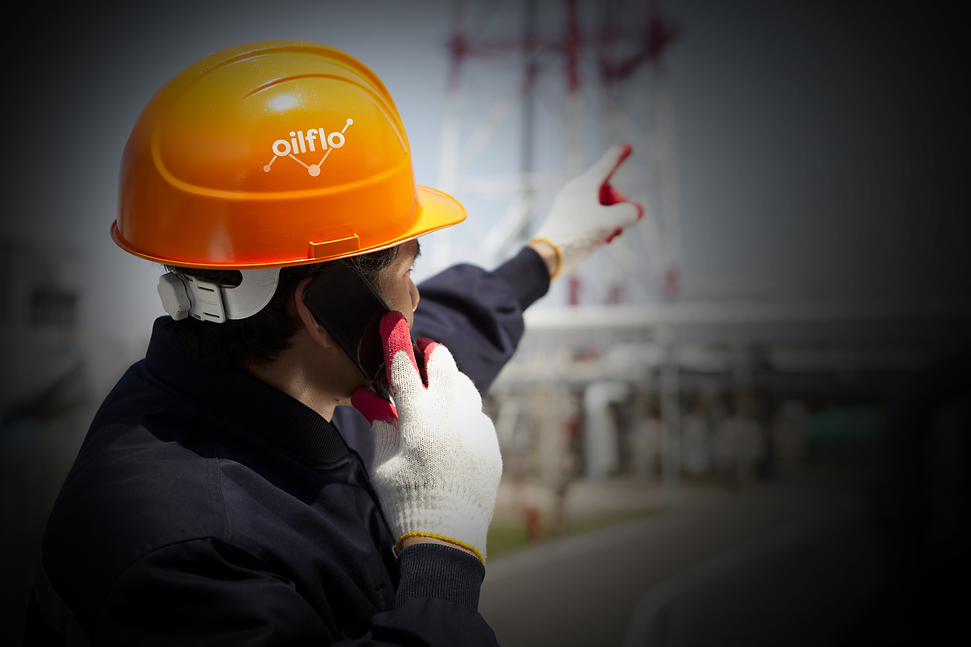 Oilflo-logo-on-helmet.png