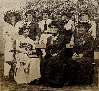 Ladies Helping The UVF 14May1914.JPG