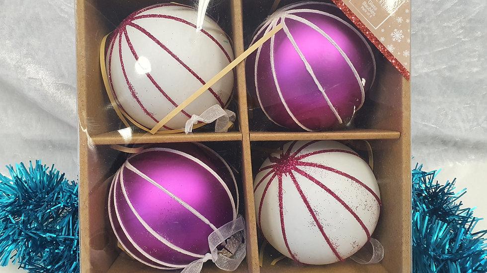Christmas Wonderland Bauble set of4