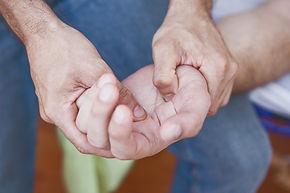 כאב בכפות הידיים