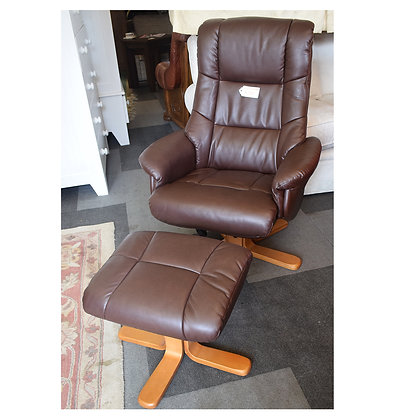Brown Leather Chair & Pouffe x2 (Ref: 644)