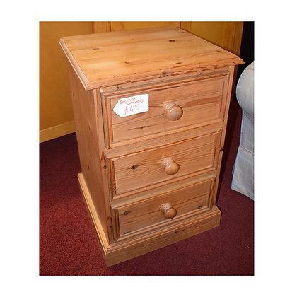 Pine Bedside Drawers (Ref: 665)