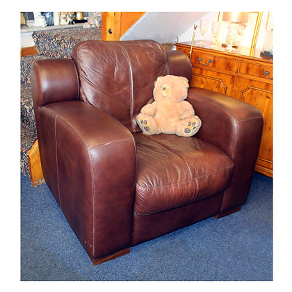 Brown Leather Arm Chair Ref: 372