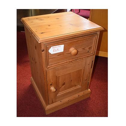 Pine Bedside Cabinet (Ref: 662)