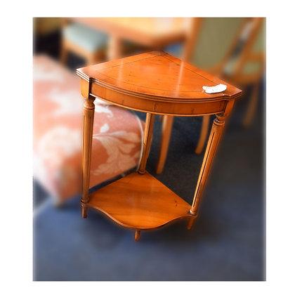 Maple Corner Table Ref: 239