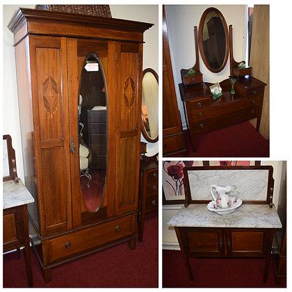 Antique Bedroom Suite Ref: 571