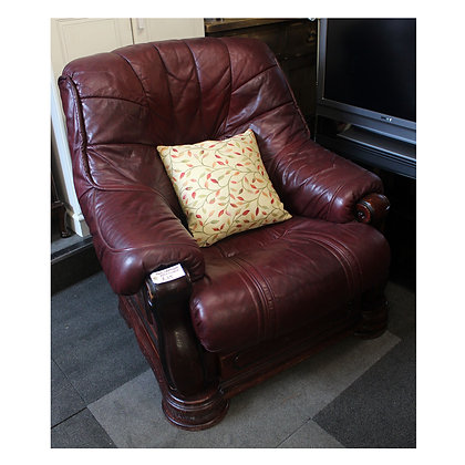 Red Leather Arm Chair Ref: 276
