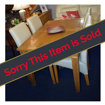 Oak Extendable Table & Four Chairs Ref: 517