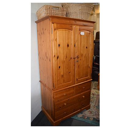 Pine Double Door Wardrobe (Ref: 638)