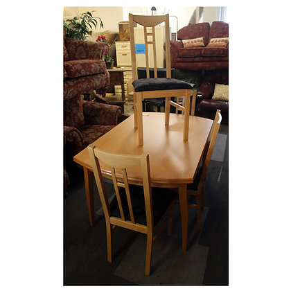 Light Wood Table & Four Chairs Ref: 301