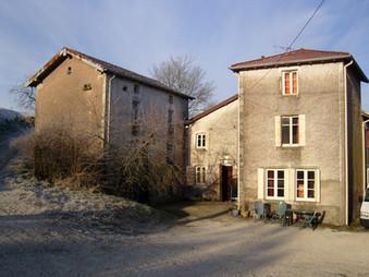 Bains-les-Bains; van oude boerderij tot vakantie- en cursuslocatie.