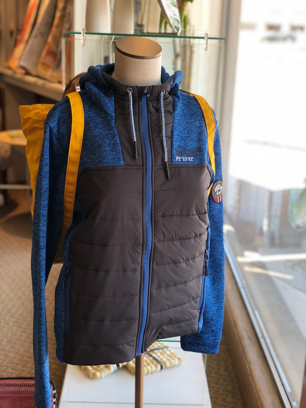 Scandinavian Explorer Combi Jacket in navy blue