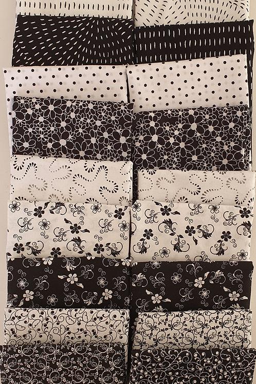 Mystery quilt kit black/white