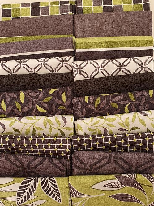 Mystery quilt kit green/gray/white