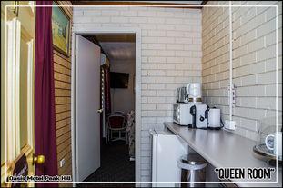 Oasis Motel Peak Hill - Queen Room - 010