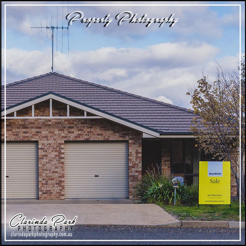 PROPERTY PHOTOGRAPHY: Town House For Sale At Parkes