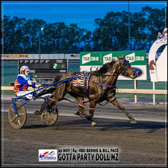 GOTTA PARTY DOLL NZ, driven by Isobel Ross, wins at Parkes Harness