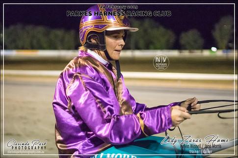 R6 MEDLYNS CASTROL Pace - LADY ZARAS HOME - Jane Morris - 104