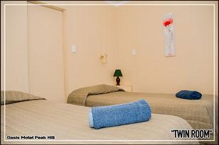 Oasis Motel Peak Hill - book Twin Room - 021