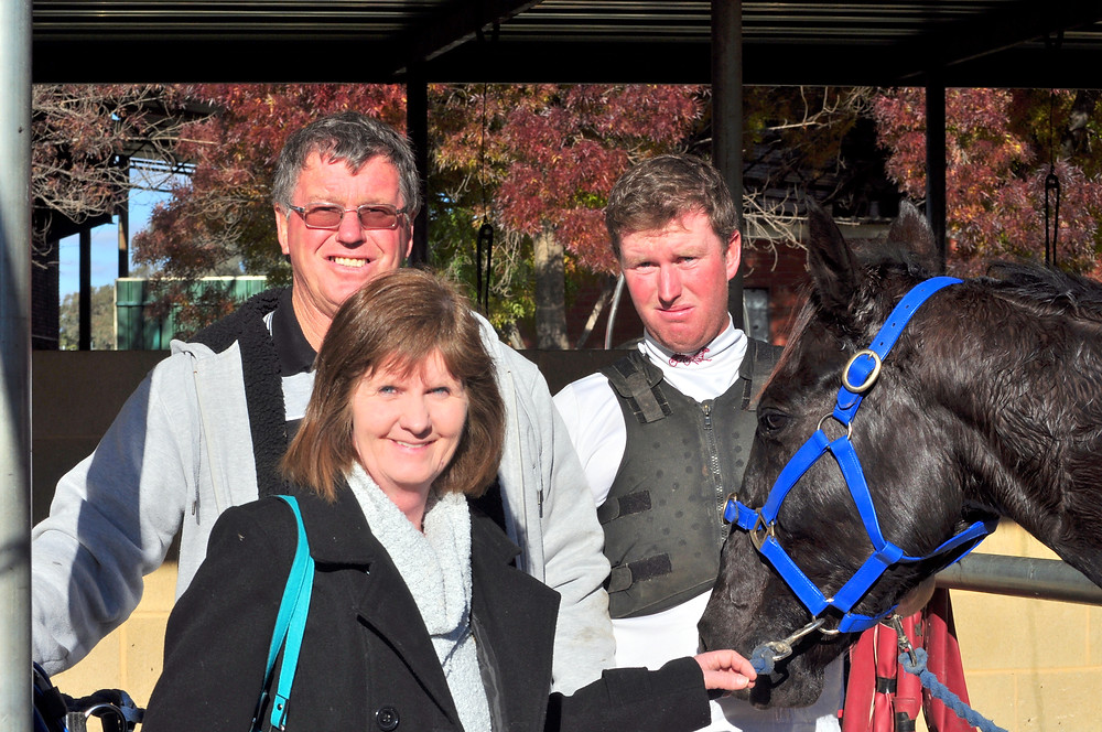 The Hunt's family during the last Cowra Carnival of Cups, May 29, 2016