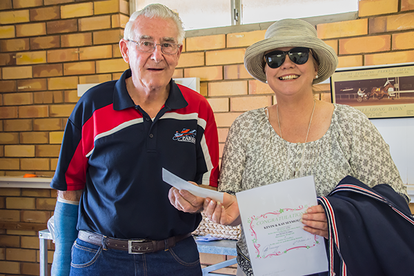 Judith Wright accepting the $1000 prizemoney from Kevin & Kay Seymour, and the certificate for Egmont Park Stud