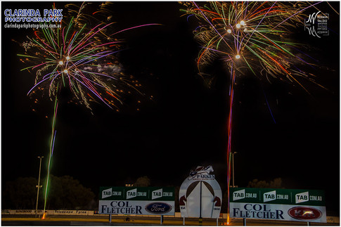 Race 0 - Fireworks Display At The Trots - 001