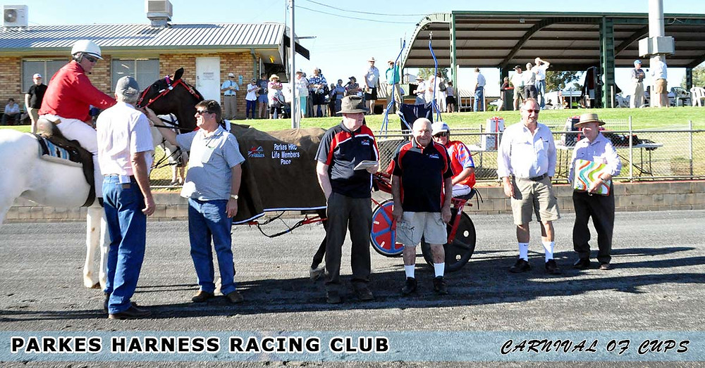 Steve Turnbull at the presentation for Race 1 Parkes Harness Racing Club Life Members Pace.