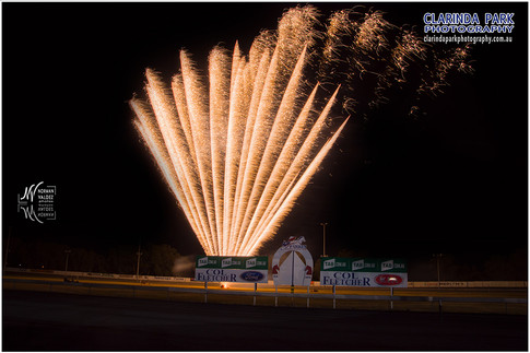 Race 0 - Fireworks Display At The Trots - 002