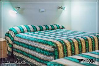 Oasis Motel Peak Hill - book Twin Room - 006