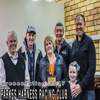 """""""SMOOTH MACE"""" awarded as the Parkes Harness / Langlands Hanlon Horse Of The Year 2016-2017"""