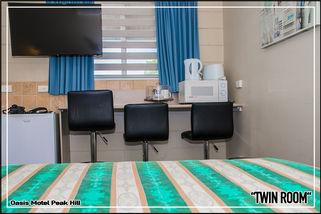 Oasis Motel Peak Hill - book Twin Room - 004