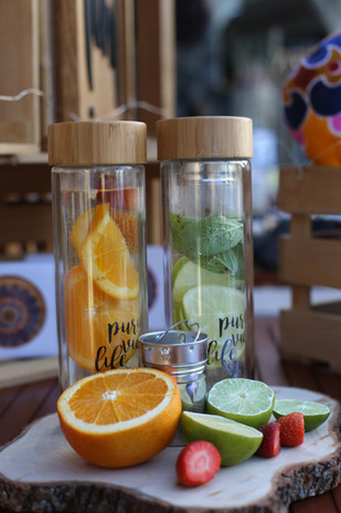 pura vida lifestyle glass bottle